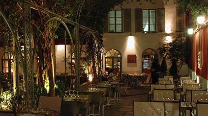 Restaurant romantique la maison de marie id es romantiques for Diner romantique a la maison