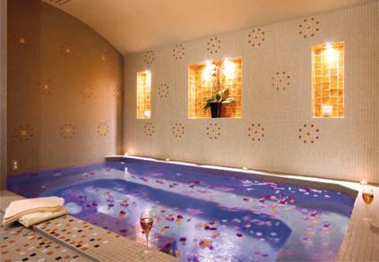Spa et instituts le private spa nuxe le mathurin for Salon romantique